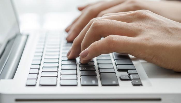 Как научиться быстрому набору текста на клавиатуре