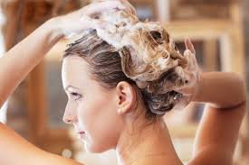 Как нужно правильно ухаживать за своими волосами