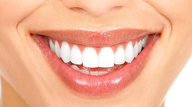 Как сохранить зубы красивыми и здоровыми