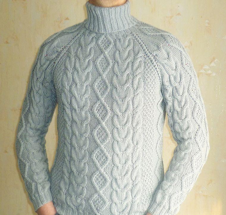 Мужской свитер. Вязаные