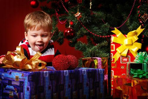 Что подарить мальчику на новый год своими