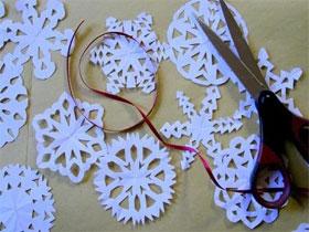 Как сделать снежинку из бумаги своими руками, фото