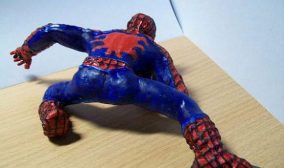 Как слепить из пластилина человека паука, фото