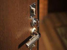 Как вставить входную дверь правильно, фото