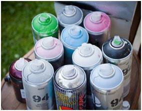 Материалы и оборудования для граффити, фото