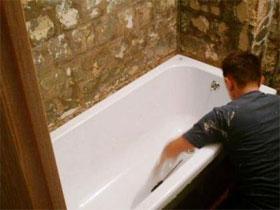 Поэтапный монтаж стальной ванны своими руками, фото