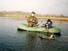 Правильная ловля рыбы с лодки, фото