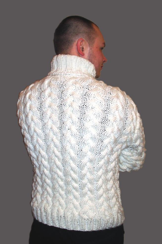 Белый мужской свитер, фото