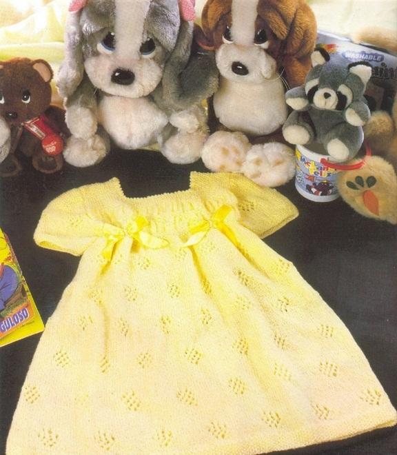 Вяжем платье для девочки спицами, фото
