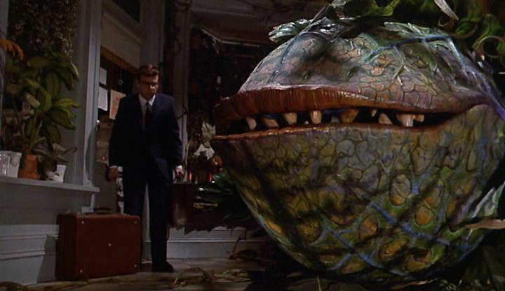 Кадр из фильма магазинчик ужасов