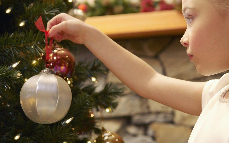 игрушка на елку