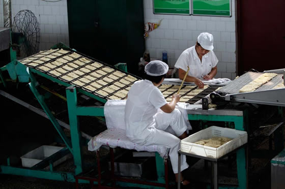 Персонал для производства макаронных изделий