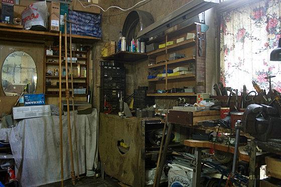 Помещение мастерской по ремонту телевизоров