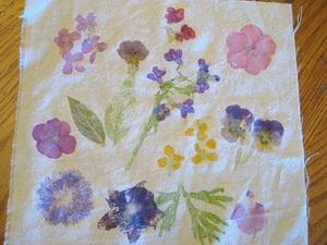 Осенний рисунок на ткани
