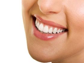 Как отбелить зубы в домашних условиях быстро, фото