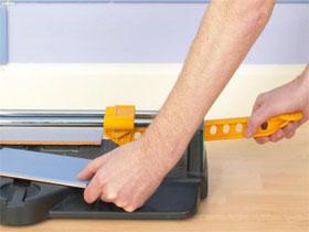 Как резать плитку плиткорезом, фото