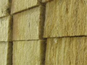 Минеральная вата - достаточно хорошая звуковая изоляция, фото