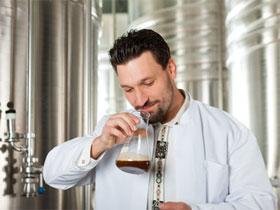 Приготовление алкогольного кваса, фото