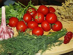 Ингридиенты для соления красных помидоров