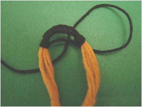 Самый простой способ плетения из мулине, фото