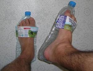 Тапки из бутылок, фото